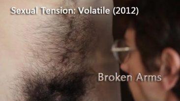 Broken Arms - Los Brazos Rotos (2012)